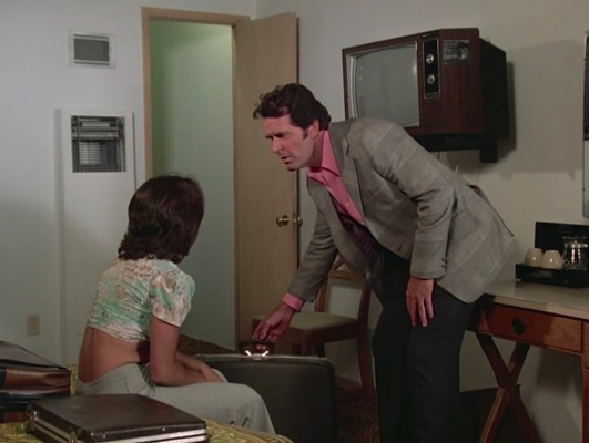"All Rockford wants in ""Pastoria Prime Pick"" (Episode 2.11) is a motel room, but an abandoned suitcase and Rita's (Smith Wordes) possessive boyfriend threaten his peace."