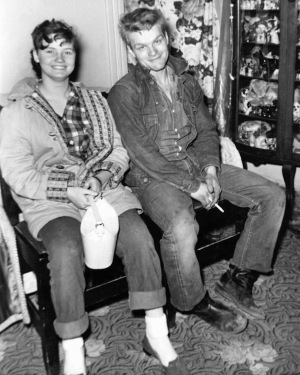 The real-life Caril Ann Fugate and Charles Starkweather, circa 1957. Starkweather's denim jacket and jeans likely inspired Rosanna Norton's costume design for Kit Carruthers, though it should be noted that Starkweather's jacket does not appear to be Levi's.