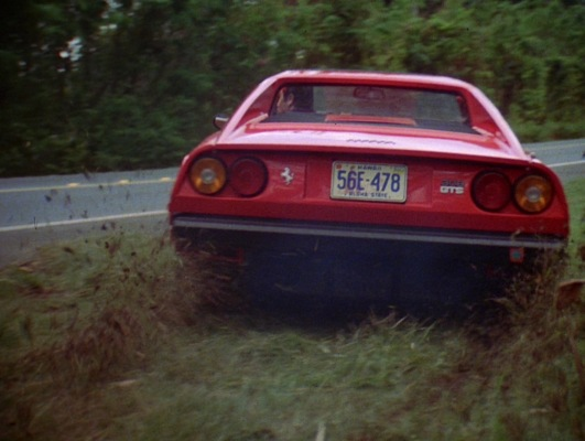 The Ferrari in the pilot episode (and the opening credits sequence) was fitted with license plates #56E-478 before the iconic ROBIN-1 vanity plates would be adopted.
